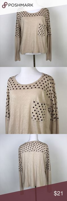 "[Madewell] Effortless Tee in Polka Dot Print Top Long sleeve top with polka dot accents. Looser, slightly cropped style. Pocket on left chest.   🔹Pit to Pit: 20"" 🔹Length: 21"" 🔹Condition: Excellent pre-owned condition.  *S16 Madewell Tops Tees - Long Sleeve"