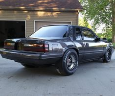 Foxcast Media is the Fox Body Mustang authority! Fox Body Mustang, Mustang Cobra, Weird Cars, Cool Cars, Notchback Mustang, Old Ford Trucks, Old Fords, Ford Falcon, Drag Cars