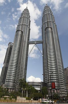 Petronas Towers  The Petronas Twin Towers in Kuala Lumpur, Malaysia, were the world's tallest buildings from 1998 to 2004.