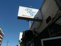 Side Street Inn - Hawaii Five O location