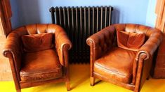 Tips To Sell Used Furniture Online and Profit Sell Used Furniture, Furniture Care, Vintage Furniture, Online Furniture, Wood Furniture, Home Decor Styles, Cheap Home Decor, Diy Home Decor, Leather Furniture Repair