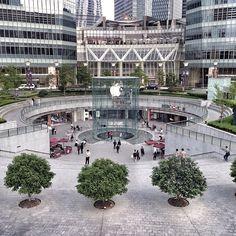 #Shanghai2015 #TheKaisOnTour #Pudong #AppleStore #FanboysMekka #WhichMeansNotMe