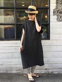 JOURNAL STANDARD LUXEのワンピース「リネンカールマイヤーポンチョワンピース」を使ったA.K(journal standard luxe 渋谷店)のコーディネートです。WEARはモデル・俳優・ショップスタッフなどの着こなしをチェックできるファッションコーディネートサイトです。