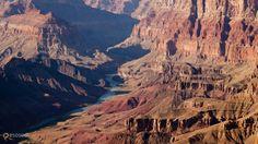 Гранд-Каньон (Grand Canyon) – #Соединённые_Штаты_Америки #Аризона (#US_AZ) Глубочайший в мире каньон является главной туристической достопримечательностью в США. Ежегодно его посещают около 2 млн человек. http://ru.esosedi.org/US/AZ/1000117670/grand_kanon_grand_canyon_/