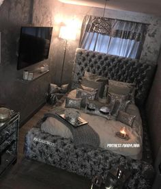 dream rooms for women & dream rooms + dream rooms for adults + dream rooms for women + dream rooms luxury + dream rooms for couples + dream rooms teenagers + dream rooms for adults bedrooms + dream rooms for adults small spaces Girl Bedroom Designs, Room Ideas Bedroom, Small Room Bedroom, Home Decor Bedroom, Silver Bedroom Decor, Budget Bedroom, Diy Bedroom, Couple Room, Woman Bedroom
