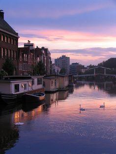 Soon. Leiden. Netherlands. Sunset.