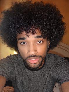 His hair! Black Men Hairstyles, Afro Hairstyles, Haircuts For Men, Curly Hair Men, Curly Hair Styles, Natural Hair Styles, Black Power, Gorgeous Black Men, Beautiful