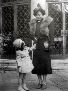 Yoko Ono and her mother.