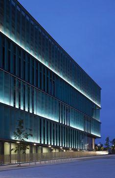 New Science Building by Sheppard Robson / Hertfordshire International College, Hatfield AL10 9AB, United Kingdom