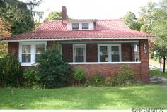 Sold $155,000 - $189,900 ~ 911 Montreat Rd, Black Mountain, NC 28711