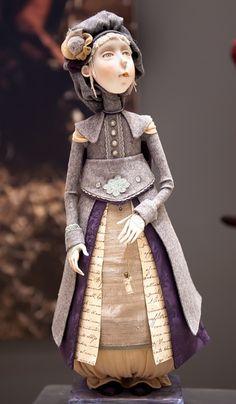 """Московская международная выставка """"Искусство Куклы"""" - это выставка-событие, сопоставимая по ценности с редчайшими музейными коллекциями. Это попытка материализовать новые идеи, соединение энергии творящих искусство с энергией созерцания. Концепция года: """"Кукла в…"""