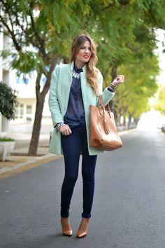 LIGHT GREEN COAT | Mi aventura con la moda