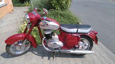 European Motorcycles, Old Motorcycles, Cafe O, Scooter Bike, Retro Bike, Old Cars, Motor Car, Motorbikes, Super 4