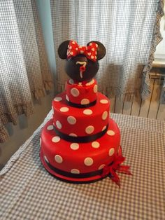 minnie  Cake by Lillascakes