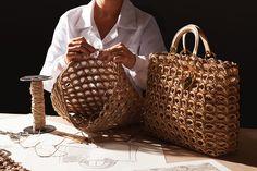 ☺🌸🌿 Regrann from - Это тот самый случай когда я… Crochet Tote, Crochet Handbags, Crochet Purses, Love Crochet, Crochet Shoulder Bags, Creative Bag, Collection 2017, Macrame Bag, Basket Bag
