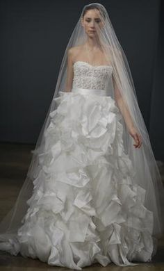 Beautiful embellished corset & cascading skirt #usedweddingdress avail. on Hustle Your Bustle