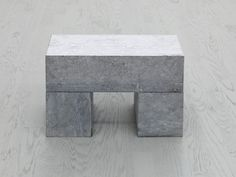 1 BLOCK ON 2 CUBES | Carl Andre, 1 BLOCK ON 2 CUBES (2001)
