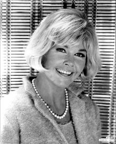Doris Day - What Every Girl Should Know