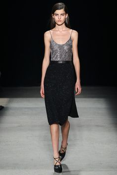 Narciso Rodriguez - Fall 2015 Ready-to-Wear - Look 25 of 36?url=http://www.style.com/slideshows/fashion-shows/fall-2015-ready-to-wear/narciso-rodriguez/collection/25
