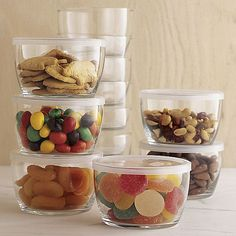 20 usd Set of 12 Storage Bowls With Clear Lids Staple ingredients of a well-stocked kitchen. Stackable and perfectly portable, these pint-sized, clear glass bowls are ideal for storing and transporting leftovers.    Heat-resistant glass bowls  Tight-fitting lids  Lids are BPA-free  Bowls are dishwasher- and microwave-safe  Lids are not dishwasher- or microwave-safe  Made in USA     use for storage or as prep bowls for cooking