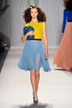 Jenny Packham at New York Spring 2014  ❤༻ಌOphelia Ryan ಌ༺❤