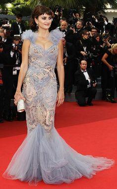 Penelope Cruz in a Marchesa gown