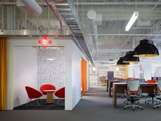 Discover 606 Chicago by Gensler, Chicago, IL Office Space Design, Office Spaces, Warehouse Office, Interior Work, Open Office, Office Interiors, Magazine Design, Interior Design Inspiration, Chicago