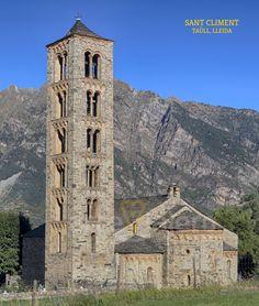 Iglesia de Sant Climent de Taüll, Valle de Boí, Lleida #románico Romanesque Art, Romanesque Architecture, Architecture Art, Modelos 3d, Unique Buildings, World Photo, Medieval Art, Spain Travel, Beautiful World