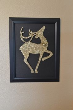 Dollar Store Crafts » Blog Archive » Tutorial: Make Glitter Reindeer Art