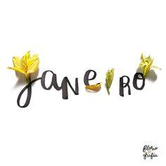 Já é Janeiro Bem-vindo mês novo, bem-vindo ano novo #janeiro #january #floriografia #frases #flores #espalheamor #porondeflor #astromelia Todays Mood, A Court Of Wings And Ruin, Anita, Quotes White, Creative Journal, Book Aesthetic, Doodle Art, Instagram Feed, Hand Lettering
