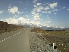 Un chemin vers Tagikistan