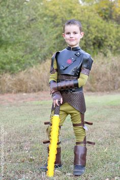 DIY Hiccup Costume…from 'How To Train Your Dragon - sofia Hiccup Costume, Toothless Costume, Dragon Costume, Viking Costume, Dragon Halloween, Dog Halloween Costumes, Diy Costumes, Costume Ideas, Holiday Costumes