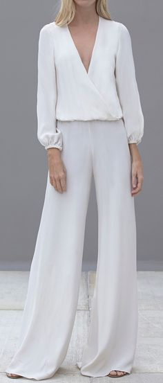 Flowy jumpsuit. I don't think I could actually pull this off... but I do love it