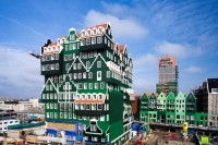 Inntel Hotel Zaandam Netherlands opened in 2010 and is a real eye stopper. The 4 star hotel which opened next to the Zaandam train station is in green shades Architecture Amsterdam, Hotel Architecture, Tolle Hotels, Unusual Hotels, Dutch House, Voyage Europe, Gypsy Life, Traditional House, Best Hotels