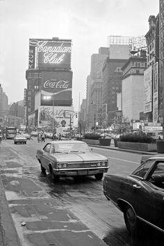 fuckyeahvintage-retro:  New York City, 1971