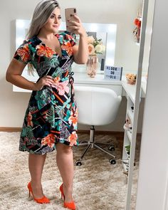 Plus size outfits Thick Girls Outfits, Girl Outfits, Cute Outfits, Church Fashion, Weekend Outfit, Blouse Styles, Casual Looks, Plus Size Outfits, Summer Outfits