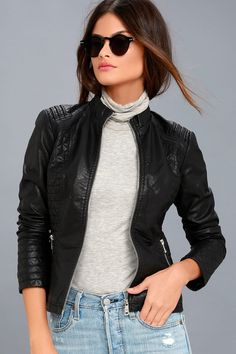 There is nothing quite like the open road and the Peace of Mind Black Vegan Leather Moto Jacket! Sleek vegan leather shapes this unique moto jacket with a collarless silhouette. Womens Black Leather Jacket, Vegan Leather Jacket, Tunic Tank Tops, Autumn Fashion Casual, Spring Fashion, Moto Jacket, Ideias Fashion, Prada, Blazer