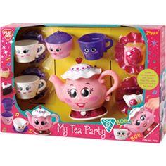 My Tea Party  Voor echte theeleuten is hier My Tea Party van Playgo. Een set bestaande uit een theepot kopjes suikerpotje en nog meer voor het houden van een theekransje.  EUR 14.99  Meer informatie