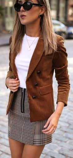 Fine 32 Trending Spring Outfit Ideas 2018