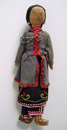 images of MicMac beadwork | Cornhusk doll