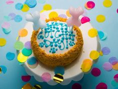 6 Dog Birthday Cake Recipes That Don't Include Peanut Butter – The Dog Bakery # Dogs cake 6 Dog Birthday Cake Recipes That Don't Include Peanut Butter Birthday Cake Cookies, Peanut Butter Birthday Cake, Puppy Birthday Cakes, Easy Birthday Cake Recipes, Dog Cake Recipes, Vegan Birthday Cake, Homemade Birthday Cakes, Dog Birthday, Keto Recipes