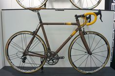 Pegoretti 4--> (yes, it's brown)