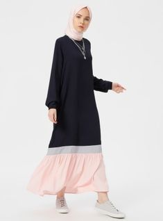 The perfect addition to any Muslimah outfit, shop Benin's stylish Muslim fashion Navy Blue - Powder - Crew neck - Unlined - Dresses. Find more Dress at Modanisa! Muslim Dress, Hijab Dress, Hijab Outfit, Dress Muslimah, Abaya Fashion, Modest Fashion, Fashion Dresses, Hijab Style, Hijab Chic