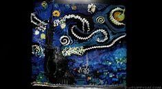 Domino Artist Recreates Van Gogh's 'Starry Night' Using 7,000 Dominos - DesignTAXI.com