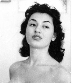 Old Greek, Greek Beauty, Greek Culture, Black N White, Persona, Famous People, Actors & Actresses, Beautiful People, The Past