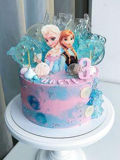 Frozen Themed Birthday Cake, Frozen Themed Birthday Party, Disney Frozen Birthday, Themed Birthday Cakes, Birthday Cake Girls, Frozen Party, Birthday Parties, Snowflake Wedding Cake, Pastel Frozen