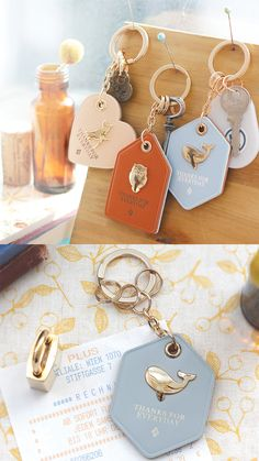 Thanks For Everyday Genuine Leather Key Holder Wow. A key holder made of genuine leather that's super cute AND classy? Leather Key Holder, Leather Keyring, Leather Gifts, Leather Tooling, Leather Craft, Mens Leather Accessories, Leather Jewelry, Cute Keychain, Leather Conditioner