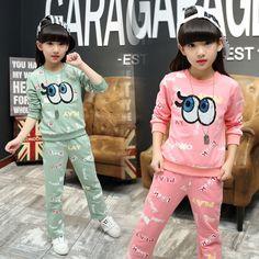 33f6f063aa0b Bébé Filles, Petite Fille Hiver, Tenues Assorties Pour Famille, Grands  Yeux, Jeans