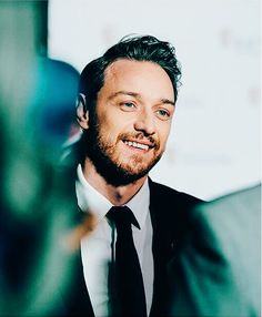I miss this look sm....  James McAvoy   by Carlopolani