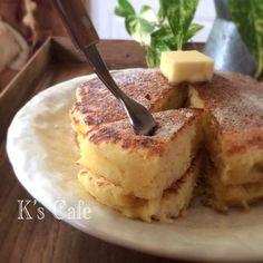 ふんわり♡おからパンケーキ♡+by+K's+Cafeさん+|+レシピブログ+-+料理ブログのレシピ満載! おからを使って糖質off! Sweets Recipes, Diet Recipes, Vegan Recipes, Cooking Recipes, Desserts, Healthy Menu, Healthy Cooking, Pancakes, Low Carb Sweets